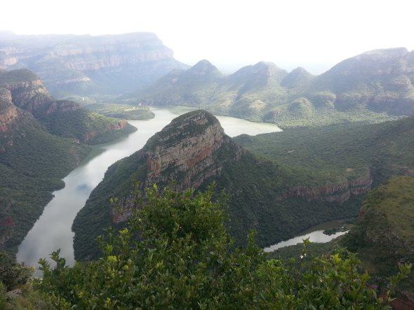 river-three-canyon